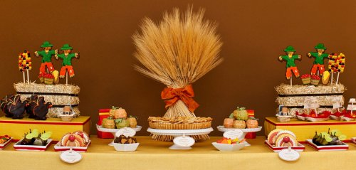 Thanksgiving candy buffet ideas from Amy Atlas